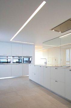 Recessed ceiling strip light, Duplex by Lluesma Interiorismo & Chiralt Arquitectos _