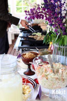 Hodaribaari kesäjuhliin - Hot Dog bar party #hoddog #grillijuhlat #kesäjuhlat #party #summerparty #recipe #resepti