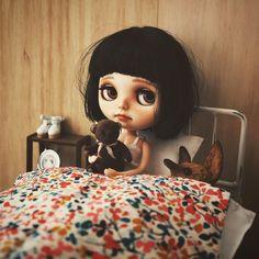 "Konno (コンノ) on Instagram: ""Sleepyhead ねぼすけファッジ fantastic bed is made by…"
