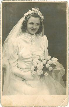 A 1940s bride