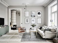 If you want a Scandinavian living room design, there are some things that you should consider and implement for this interior style. Wood as a material has an important role as well as light colors, because they give the living… Continue Reading → White Interior Design, Home Interior, Interior Design Living Room, Living Room Designs, Design Room, Salon Design, Grey Walls Living Room, Living Room Paint, Living Room Decor