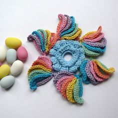 10. NatCroMo Freeform CAL 2013 Sweets Look around in the right side column for other pictures. Each of these appear to have pattern graphs. Crochet Motifs, Crochet Blocks, Freeform Crochet, Crochet Squares, Crochet Stitches, Crochet Patterns, Crochet Crafts, Crochet Yarn, Yarn Crafts