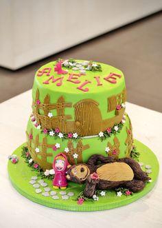 Torta Masha&Orso #glutenfree #cakedesign