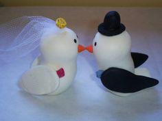 Topo de bolo casal de pombinhos