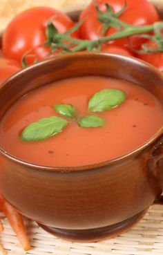 Slow cooker zesty tomato soup recipe. A very easy and tasty vegetarian soup cooked in a slow cooker. #slowcooker #crockpot #zesty #hearty #vegetarian #vegan #soup #dinner #homemade #healthy #lowcarb Tomato Soup Recipes, Vegetarian Soup, Crockpot, Slow Cooker, Low Carb, Tasty, Homemade, Vegan, Dinner