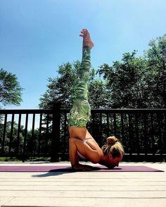 More on TheYogaMentor Instagram - https://www.instagram.com/p/BXwYa2GHuvh/ fitfam fitspo yoga yogagirl yogini yogapose beachyoga igyoga yogaeverydamnday om Namaste