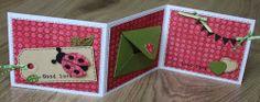 Drieluik kaart. Het lieveheersbeestje is gemaakt met een collectable ontworpen door Eline Pellinkhof. In het envelopje kun je geld kado geven.