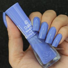 On average, the finger nails grow from 3 to millimeters per month. If it is difficult to change their growth rate, however, it is possible to cheat on their appearance and length through false nails. Coffin Nails, Acrylic Nails, French Gel, Pretty Nail Colors, Blue Colors, Colorful Nail Designs, Super Nails, Stylish Nails, Blue Nails