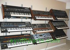 Keyboard/equipment stands for studio setup? Home Studio Musik, Music Production Equipment, Electronic Music Instruments, Rehearsal Studios, Recording Studio Design, Desk Inspiration, Live Set, Dj Equipment, Music Images