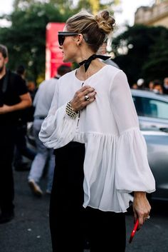 olivia palermo´s chiffon blouse with draped sleeves streetstyle
