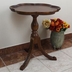 International Caravan Shangri-La Hand-carved Wood Scalloped Round Table - Overstock™ Shopping - Great Deals on International Caravan Coffee, Sofa & End Tables