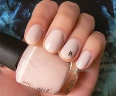 Laura Palmer / Twin Peaks nails