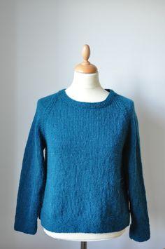 """Kort bluse strikket i """"Valmue"""" Alpaca og uld fra Tante Grøn"""