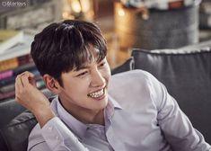 모든 순간이 심.쿵. 지창욱♥ 설렘유발 비하인드 대공개 : 네이버 포스트
