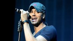 Enrique Iglesias — Platinum-selling artist and your really hot kuya all your friends have a crush on. | 27 Filipinos Who Make You Proud To Be Pinoy
