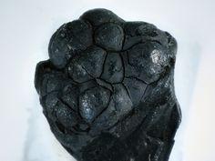 Birnessite  Grube Clara, Wolfach, Schwarzwald, Deutschland Taille=4.8 mm Copyright Hannes Osterhammer