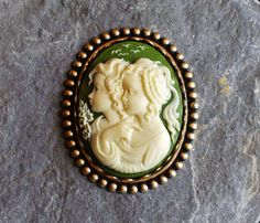 Irish sisters cameo brooch antique brass twins daughters green ivory