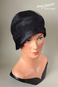 1920s 30s FLAPPER CLOCHE HAT black satin lace net M/L Gatsby Anna Chocola