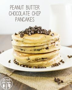Peanut Butter Chocolate Chip Pancakes - the perfect breakfast for all you peanut butter lovers out there. Topped with an amazing and simple peanut butter syrup! -the BEST pancakes- SG Peanut Butter Pancakes, Chocolate Chip Pancakes, Chocolate Peanut Butter, Chocolate Chips, Cocoa Chocolate, Delicious Chocolate, Chocolate Recipes, Yummy Pancake Recipe, Tasty Pancakes