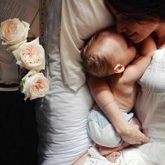 Mom And Baby Photography Discover First Time Moms Breastfeeding Checklist - DIY Darlin Mom And Baby, Baby Kids, Baby Boy, Mother And Baby, Couple With Baby, Dad Baby, Child Baby, Cute Kids, Cute Babies