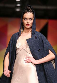 Navy Grace, Hooded, Harris Tweed Cape Fall Winter, Autumn, Harris Tweed, Hoods, Cape, Fashion, Mantle, Moda, Cowls