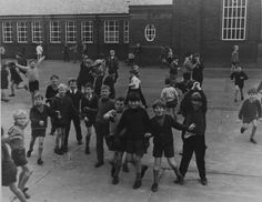Tor272, Cragside School, High Heaton, Newcastle upon Tyne I grew up with some of these boys. They were in my class at infants, junior and Heaton School. Im somewhere in this yard!