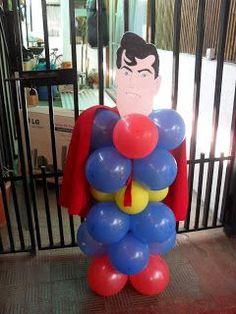 decoracion de cumpleaños: super heroes Superman Birthday Party, Leo Birthday, Avengers Birthday, Batman Party, 4th Birthday Parties, Superhero Party, Balloon Decorations, Homecoming Decorations, Party Themes