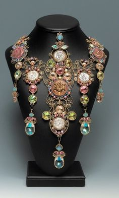 Bib-Style Necklace with Copper Wire, Cultured Freshwater Pearls and Swarovski® Crystal Components