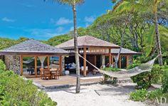 The hamock creates a nice tropical feel. I LOVE it!!!