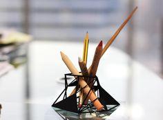 Deconstruction Pen Holder by Alharith