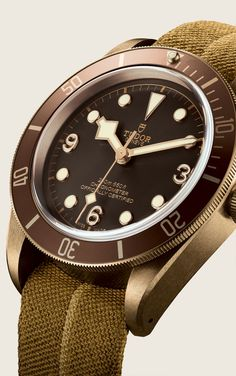 Tudor introduces the Heritage Black Bay Bronze, a 43 mm diving watch in high-performance aluminium bronze alloy. Visit the Official Tudor Website. Men's Watches, Luxury Watches, Cool Watches, Wrist Watches, Tudor Black Bay Bronze, Rolex, Omega, Tudor Heritage Black Bay, Gentleman Watch