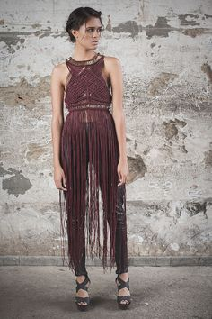 Yapu - Oropendola Couture Mode, Couture Fashion, Diy Fashion, Womens Fashion, Fashion Design, Macrame Dress, Moda Boho, Bohemian Mode, Macrame Patterns
