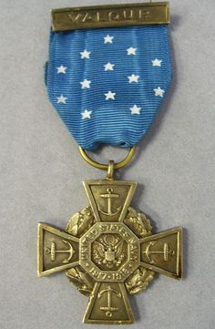 Us Military Medals, Military Orders, Navy Medals, Uss Kearsarge, Coxswain, Medal Of Honor Recipients, Navy Sailor, Naval History, Red And White Stripes