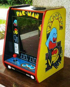 pacman arcade Bartop Arcade, Zelda Video Games, Mini Arcade, Arcade Machine, Travel Design, 40th Anniversary, Wedding Art, Funny Design, Retro