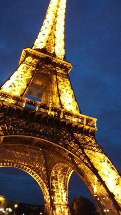 Tour Eiffel | Torre Eiffel | Eiffel Tower - Paris - França.