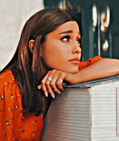 Ariana Grande Doll, Ariana Grande Photoshoot, Ariana Tour, Ariana Grande Outfits, Ariana Grande Pictures, Ariana Grande Background, Queen Photos, Dangerous Woman, Sabrina Carpenter