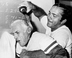 Sparky Anderson, the white-haired Hall of Fame manager who directed Cincinnati's Big Red Machine to back-to-back World Series championships and won another one in Detroit, died Thursday. Cincinnati Reds Baseball, Dayton Ohio, Sparky Anderson, Johnny Bench, Detroit Sports, Go Red, Mlb Teams, Cardinals, History