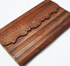 Vintage Wood Clutch or Purse lined with Leather von lunaluma
