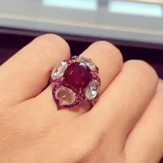 🎵 I Like Big #Rings and I Cannot Lie! 🎵 ❤️MAGNIFICENT.... 'Pigeon Blood Red' #ruby of  5.01 carats, to be sold on November 29th in Hong Kong via @pinprestige #christiesjewels #jewels #diamond #diamonds #pigeonblood #fabulous #amazing #jewelry #highjewelry #hautejoaillerie #fabulous #bola3jewelry