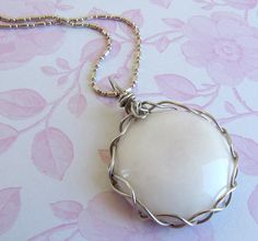 Free Jewelry Tutorials | ... Silver Wire Wrapped Jewelry, Braided Pattern Necklace, Round Cabochon