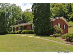 3691 Max Patch Rd, Clyde, NC 28721