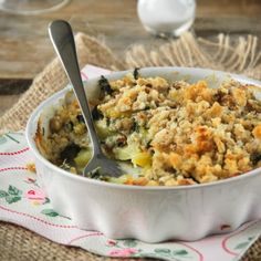 Gratin potatoes, spinach and gorgonzola (in Spanish)