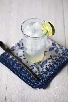 Fresh Lime Fizz by yummysupper: Especially good on hot days with a tiny pinch of salt! #Beverage #Lime