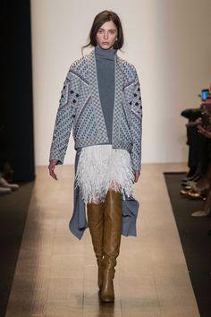 Outfit: 2.0 || Skirt: 3.0 || BCBG Max Azria