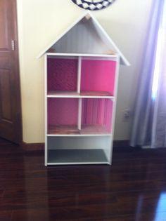 Barbie House DIY made from a bookshelf