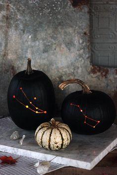 Spooky Halloween, Chic Halloween Decor, Fete Halloween, Halloween Pumpkins, Happy Halloween, Halloween 2018, Halloween Halloween, Halloween Design, Halloween Quotes