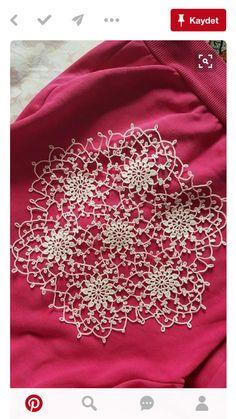 beautiful crochet doily mix of Miniature crochet round doily cm by MiniGio Filet Crochet, Crochet Art, Crochet Round, Cotton Crochet, Irish Crochet, Vintage Crochet, Cotton Lace, White Cotton, Crochet Dollies