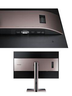 Samsung LS32D85K http://www.amazon.com/Samsung-LS32D85K-monitor-panel-pivot/dp/B00KXWFIHU