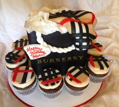 Sweets by Sokuntea: Burberry Cake and Cupcakes