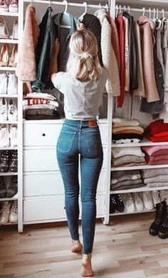 c50642417 39 Best high wasted jeans images   Fashion clothes, Dressing up ...